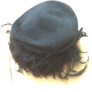 Vintage midcentury Ellen Faith black feather hat
